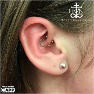 piercings-jay-piercing-haven-body-arts-piercing-tattoo-northampton-ma-01060-136